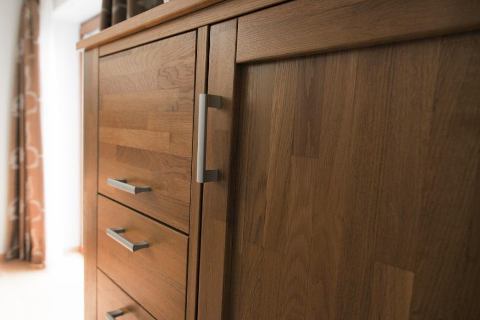 tischlerei r sing m bel i massivholz tisch schrank. Black Bedroom Furniture Sets. Home Design Ideas