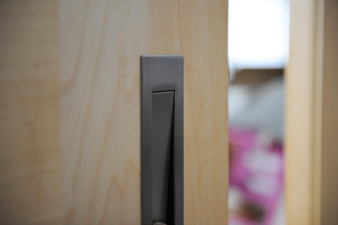 tischlerei r sing zimmert ren i dreh und schiebet ren. Black Bedroom Furniture Sets. Home Design Ideas